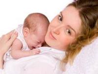 svaka_majka_poljubi_svoju_bebu