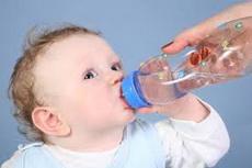 Koju_vodu_davati_bebi