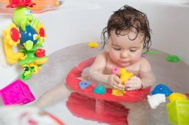 Saveti za bezbedno kupanje bebe